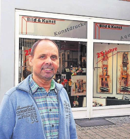 Helmut Körner ist Experte Einrahmungen aller Art. Grafiken, Aquarelle, Gemälde, Kunstgewerbe und Skulpturen zählen zum Angebot seines Geschäftes